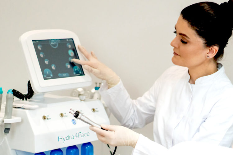 Gesichtsbehandlung Kseniia Kosmetikstudio Wuppertal